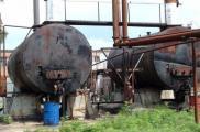 Незаконный завод обнаружили в Змиевском районе. Фото: пресс-служба ГУГФС