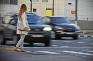 Харьковчане предлагают штрафовать пешеходов. Фото: novostipmr.com