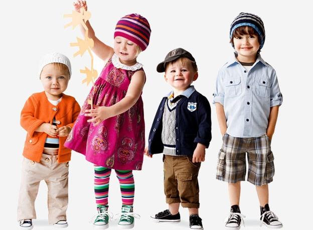 Когда речь идёт о гардеробе для деток, тогда у мам появляется намного  больше требований, чем к взрослой одежде. И это вполне логично, так как,  во-первых, ... 4d05c6b3856