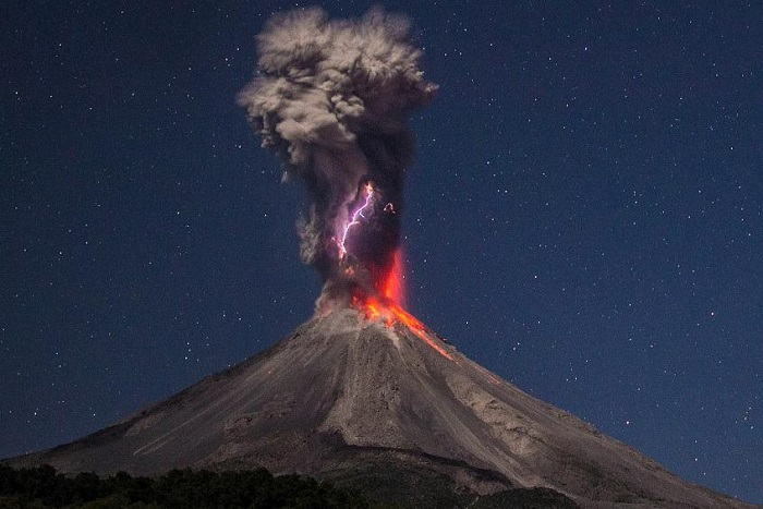 volcano-2.jpg