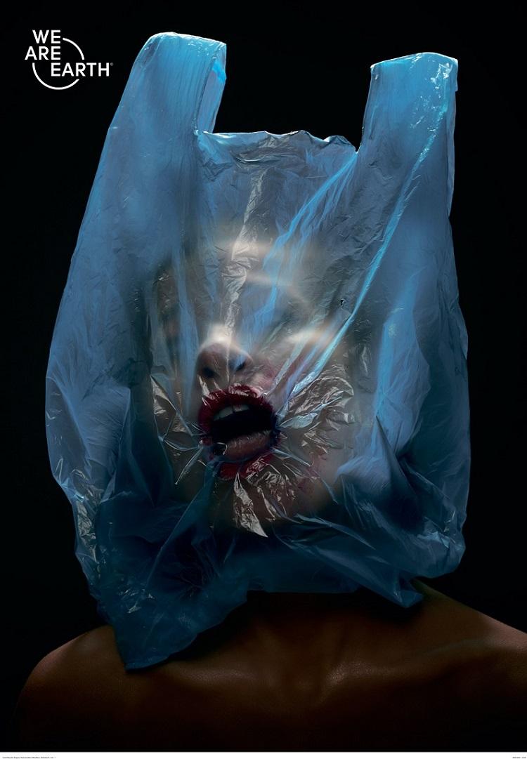 czechrepublic-bulgaria_radoslavaboor-milosnesic_weareearth-plasticbag.jpg